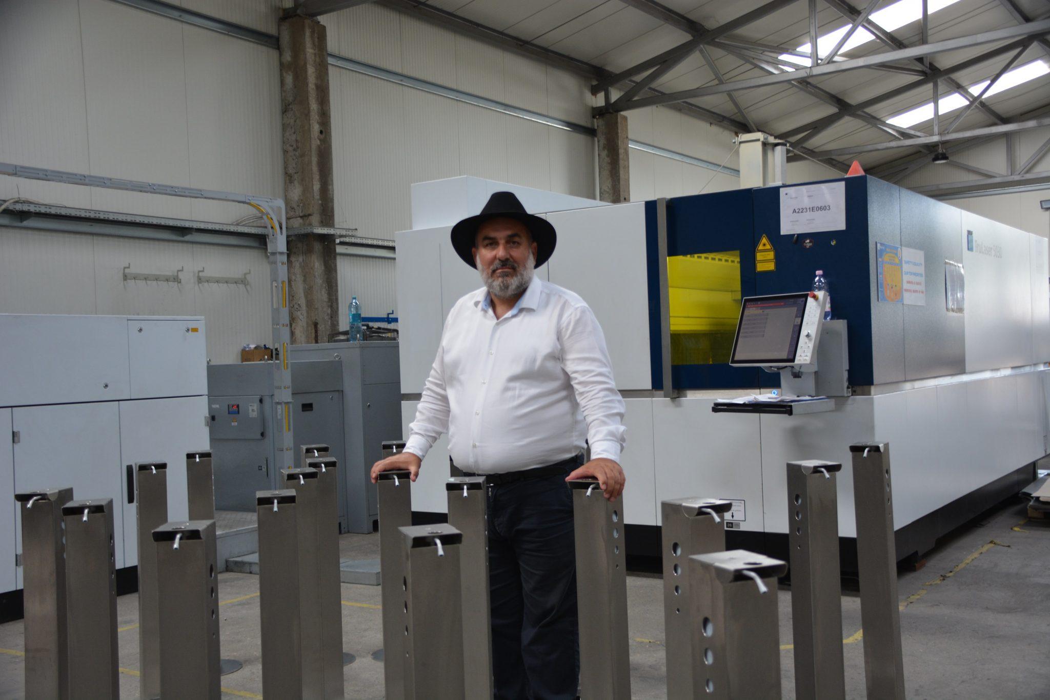 Megatitan lansează dispozitivele pentru dezinfectarea mâinilor în spații aglomerate