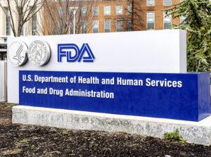FDA autorizează în premieră o țigară electronică